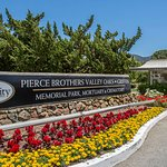 Pierce Brothers Valley Oaks-Griffin Mortuary & Crematory & Pierce Brothers Valley Oaks Memorial