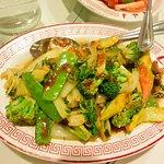 Seasonal Vegetable Delight(炒西蘭花合菜)
