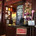 Foto de Miller's Seawall Grill