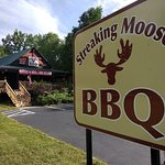 Great place with clean, covered outdoor dinning in a real rustic Adirondack setting & atmosphere