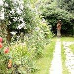 Formal Gardens 19-06-18
