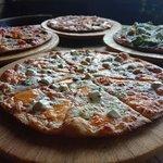 Вкуснейшая пицца.