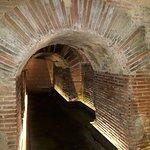 Cunicoli utilizzati per muoversi nella città sotterranea.