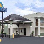 Days Inn by Wyndham Goose Creek