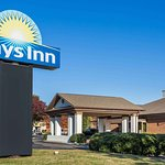 Days Inn by Wyndham Onley