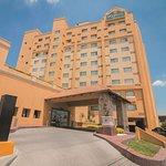 北蒙特雷拉金塔旅館及套房飯店