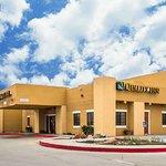 Quality Inn hotel in Winslow, AZ