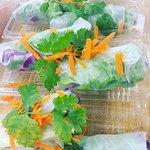 Organic Rainbow Roll( Thai peanut sauce )