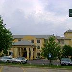 La Quinta Inn & Suites Dayton North - Tipp City