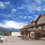 Super 8 by Wyndham Valemount