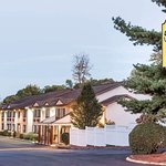 Super 8 by Wyndham Nyack NY