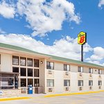 Super 8 by Wyndham Livingston