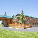 Super 8 by Wyndham West Yellowstone