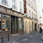 "Hotel de Notre Dame ""Maitre Albert"""