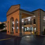 Super 8 by Wyndham Knoxville West/Farragut