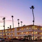 Super 8 by Wyndham Santa Barbara/Goleta