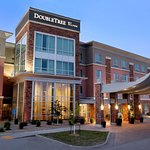 DoubleTree by Hilton West Fargo