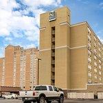 チャールストン プラザ ホテル