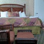 The Island House Hotel Photo