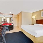 1 King Bed Jacuzzi Suite