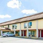 Seasons Inn & Suites Pine Grove