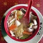 House wonton soup