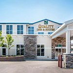 Quality Inn & Suites Near Carnegie Museum