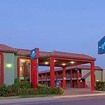 Americas Best Value Inn & Suites - Bakersfield Central