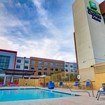 Holiday Inn Express and Suites Phoenix North - Scottsdale