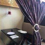 صور للمطعم والجلسات والطلبات