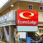 Econo Lodge - Sacramento / 16th St.