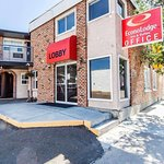 Econo Lodge Inn & Suites Drumheller