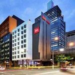 悉尼国王街码头宜必思酒店
