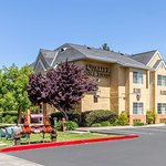 Quality Inn and Suites Santa Rosa Wine Country