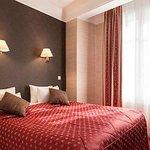 Quality Hotel Abaca Messidor Paris