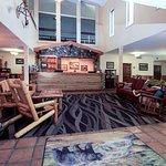Yellowstone Pioneer Lodge
