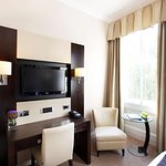 Executive Room Features