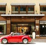 Hotel exterior (325509154)