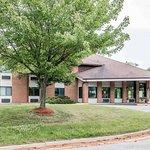 Quality Inn Grand Rapids North - Walker