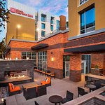 Hilton Garden Inn Burbank Downtown