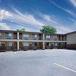 Days Inn by Wyndham Spokane