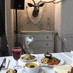 Обед в ресторане Wood Room Bar