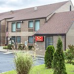 Econo Lodge & Suites Southern Pines