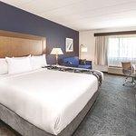 La Quinta Inn & Suites Philadelphia Airport