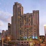 Hawthorn Suites by Wyndham Dubai, Jbr