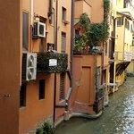 Foto di Finestrella di Via Piella