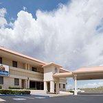 Travelodge by Wyndham Globe AZ