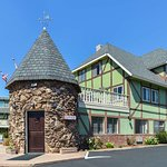 Svendsgaard's Danish Lodge - Americas Best Value Inn