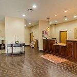 Quality Suites North IH 35