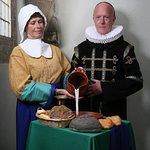"""Foto geïnspireerd op schilderij """"Het melkmeisje van Vermeer' uit ca. 1660."""